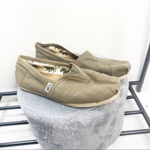 Forest Green Canvas Toms Size 6.5 Great Condition